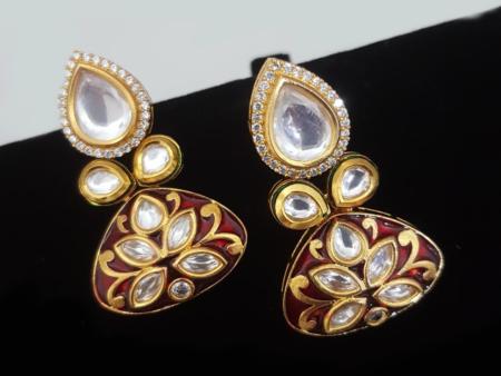 Tiny Kundan Earrings