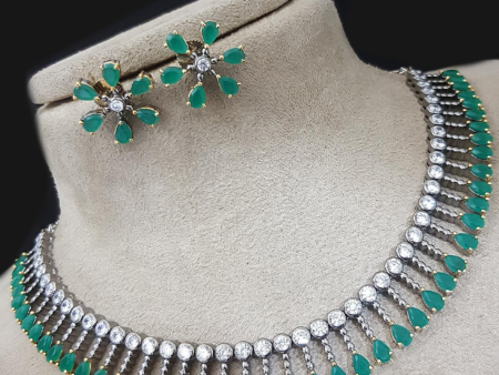 Simple Emerald Elegance